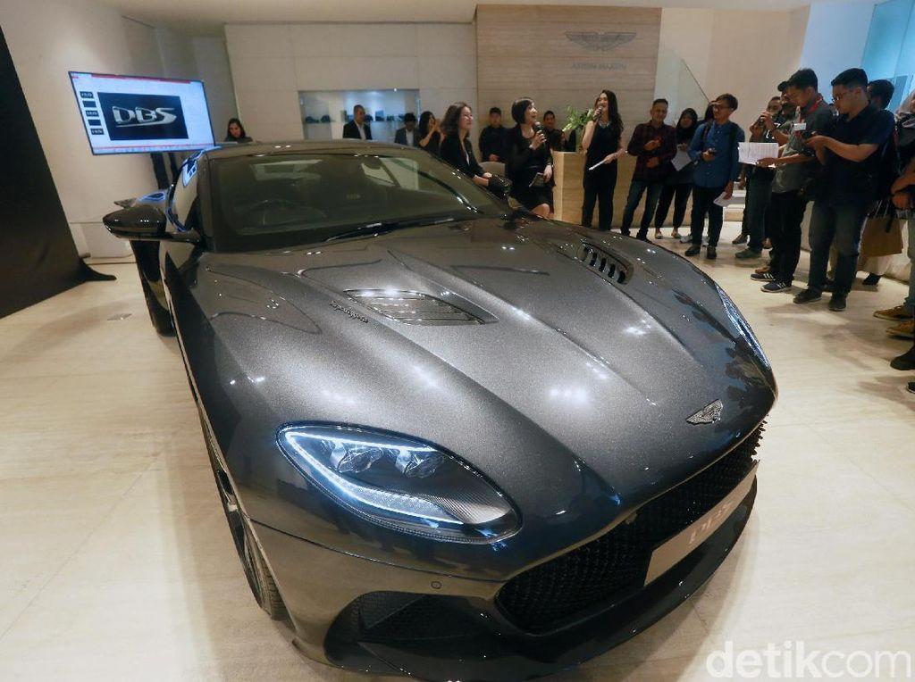 Mobil Mewah Seperti Aston Martin Dipakai Mudik?