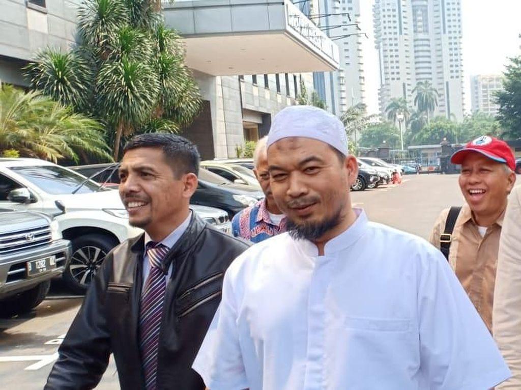 Pengacara: Ustaz Sambo Diperiksa Hari Ini Terkait Kasus Makar Eggi Sudjana