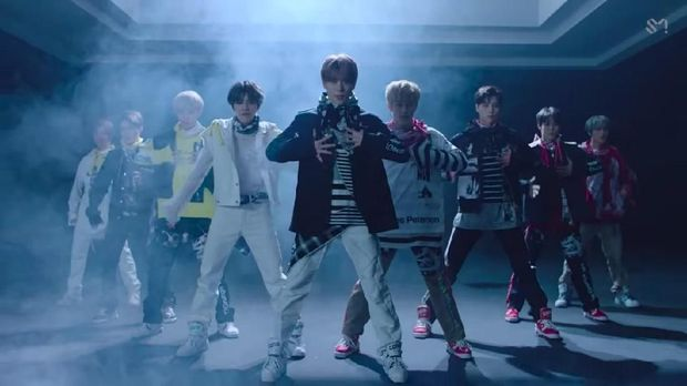 "NCT 127 Rilis Album Dan Video Klip ""Superhuman"""