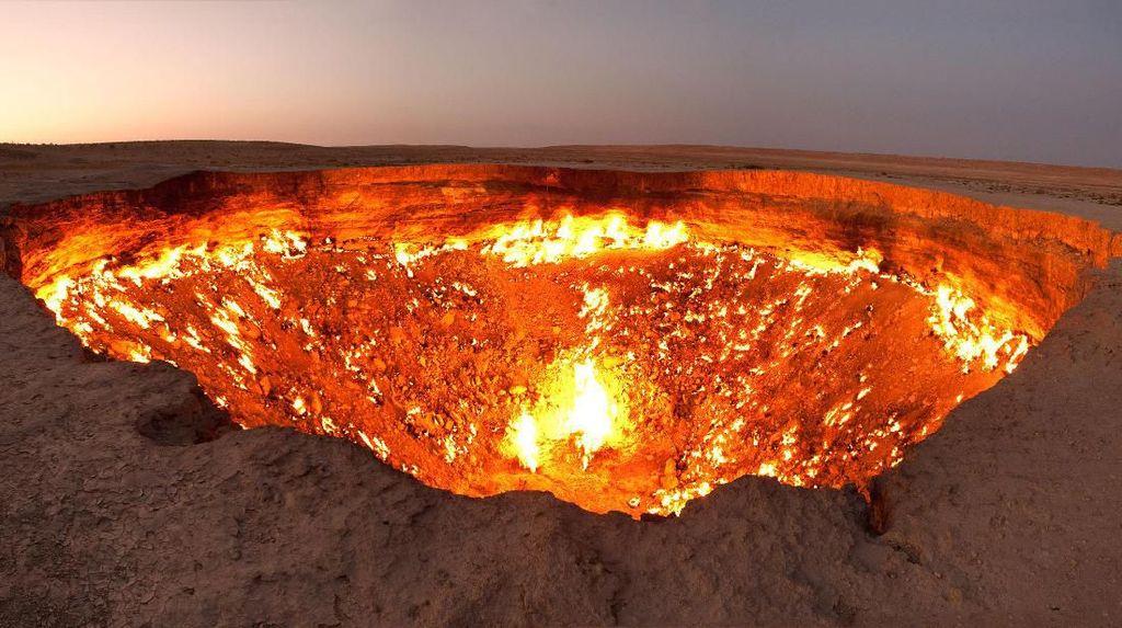 Menguji Nyali Ke Gerbang Neraka di Turkmenistan