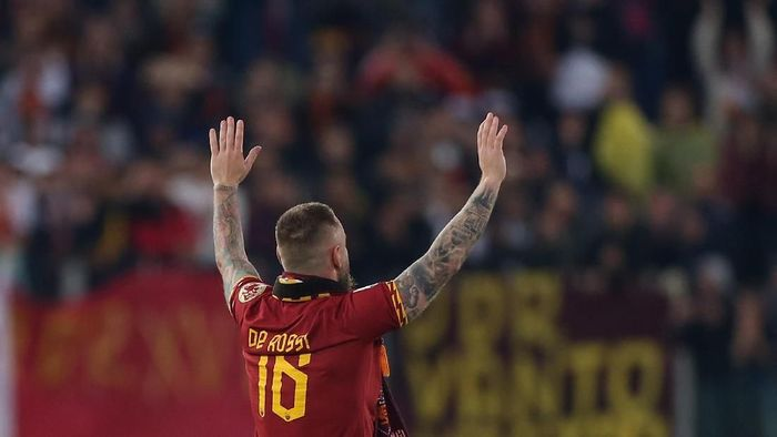 Perpisahan Daniele De Rossi dengan AS Roma. (Foto: Paolo Bruno/Getty Images)