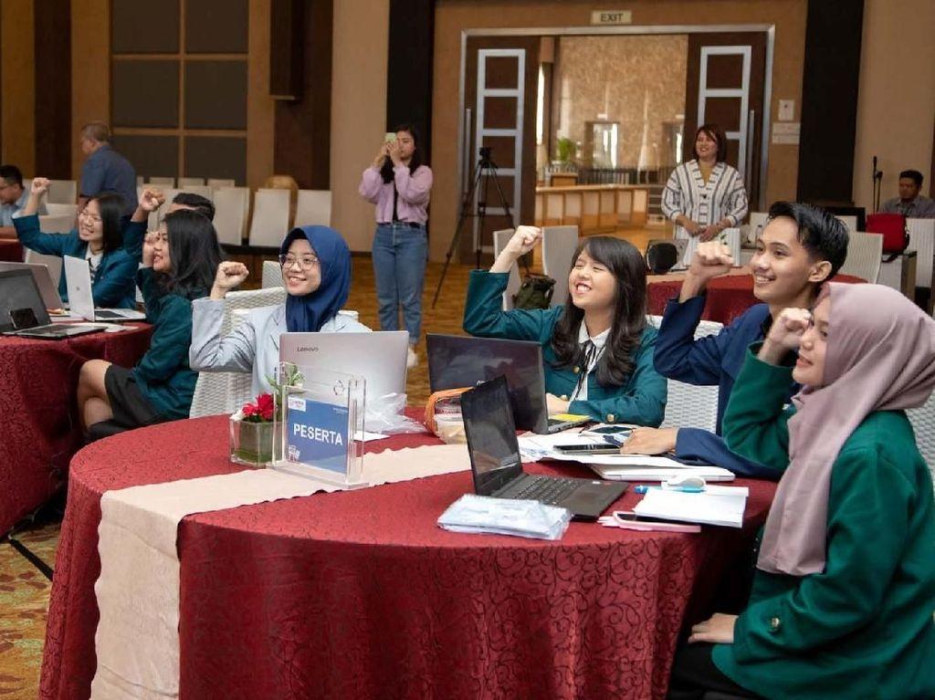 Melihat Keseruan Final Kompetisi Menulis di Jogja