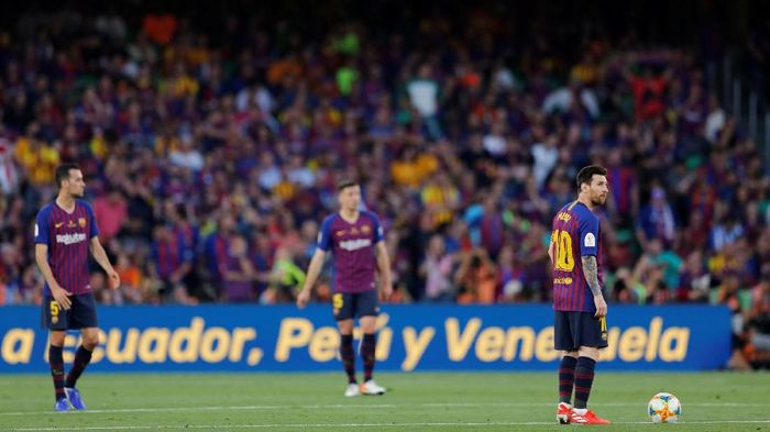Lionel Messi kini sudah berusia 32 tahun, Barcelona pun mulai memikirkan era berikutnya. (Foto: Marcelo Del Pozo/Reuters)