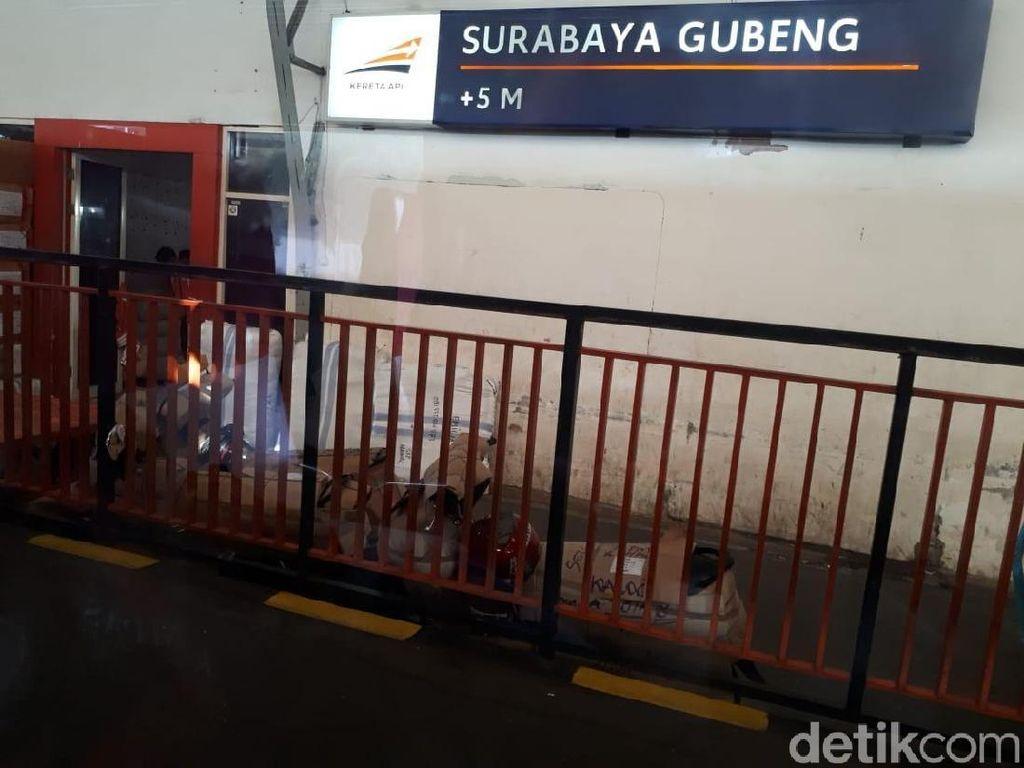 Jadwal KA Terlambat Dampak Banjir Jakarta, KAI Beri Layanan Service Recovery