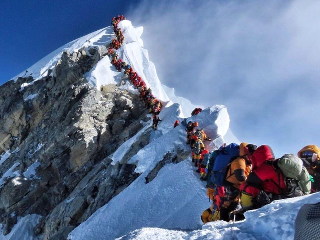 Kenapa Banyak Orang Meninggal di Gunung Everest?