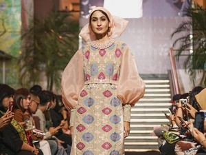 Didiet Maulana Angkat Keindahan Songket Bali untuk Baju Idulfitri 2019