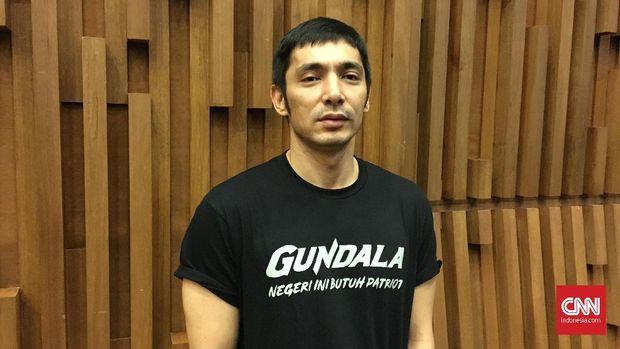 Karakter Sancaka alias Gundala diperankan oleh aktor Abimana Aryasatya.