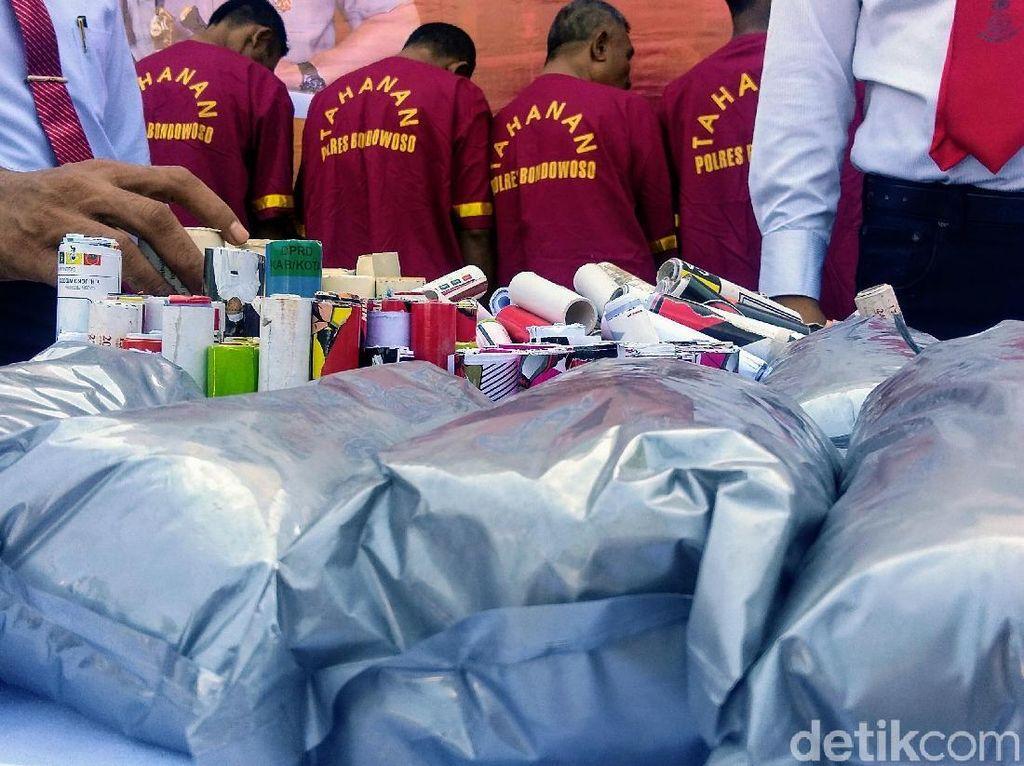 Polisi Bentuk Timsus Kejar Pemilik 1 Kuintal Bahan Peledak di Bondowoso