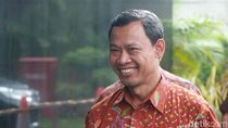 Selain Ketua KPU, Komisioner Pramono Ubaid juga Positif COVID-19