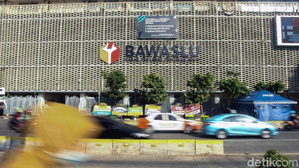 Kembali Dibuka, Lalin di Jl MH Thamrin Ramai Lancar