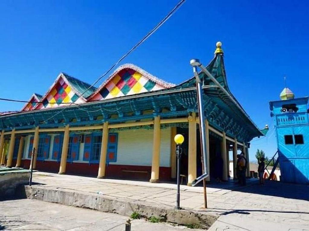 Mengenal Islam di Masjid Dungan Kyrgyzstan