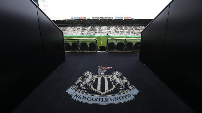NEWCASTLE UPON TYNE, ENGLAND - MARCH 23: A general view of the stadium is seen prior to the Gallagher Premiership Rugby match between Newcastle Falcons and Sale Sharks at St James Park on March 23, 2019 in Newcastle upon Tyne, United Kingdom. (Photo by Ian MacNicol/Getty Images)
