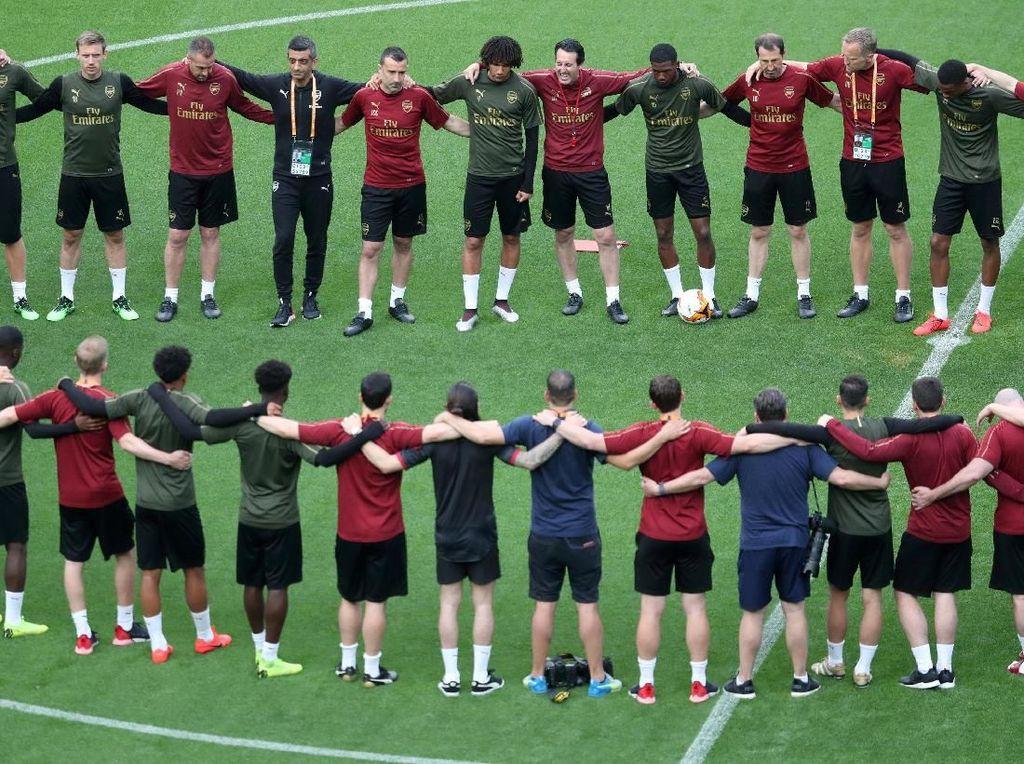 Motivasi Arsenal Menangi Trofi Bukan Lolos ke Liga Champions