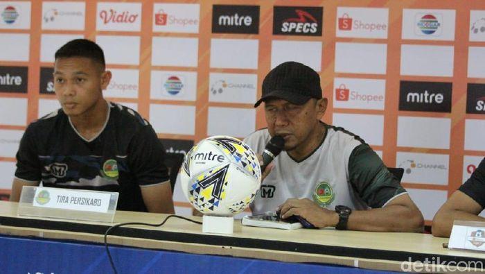 Pelatih Tira-Persikabo Rahmad Darmawan siap mengejutkan PSM (Amalia Dwi Septi/detikSport)
