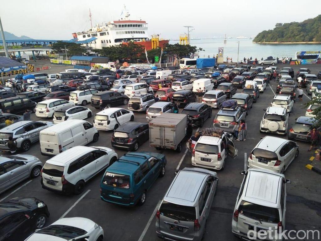 Kebijakan Ganjil-Genap di Pelabuhan Merak-Bakauheni Dicabut