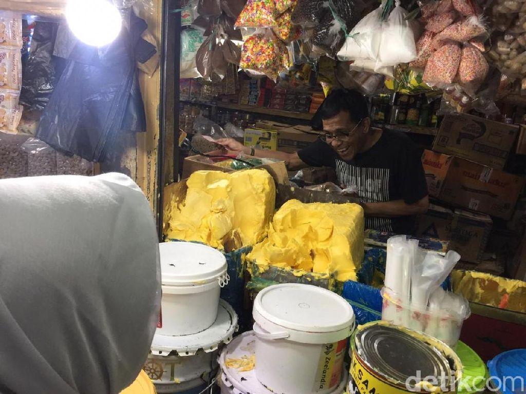 Sidak Pasar Jatinegara, Kemendag Klaim Harga Pangan Stabil
