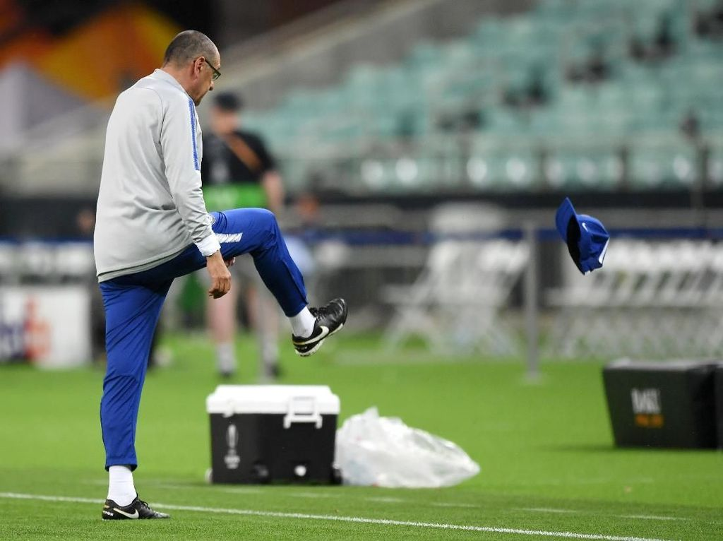 Higuain-Luiz Cekcok Saat Latihan, Sarri Ngamuk Lalu Meninggalkan Lapangan
