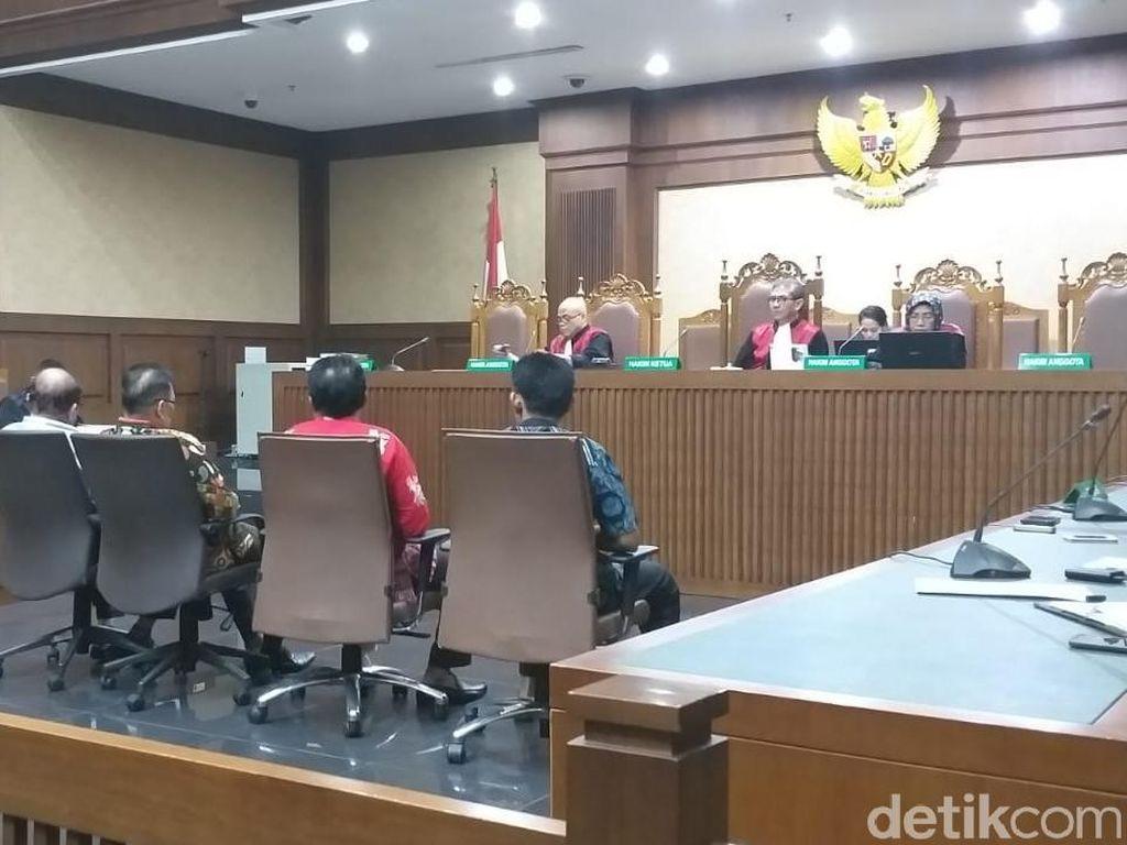 Kasus Suap Limbah, 4 Anggota DPRD Kalteng Dituntut 6-7 Tahun Bui