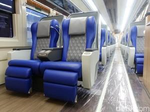 Jelang Lebaran, KAI Daop 8 Surabaya Luncurkan Kereta Mewah Luxury 2