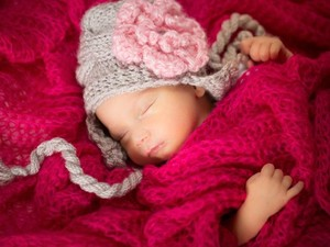 100 Nama Bayi Perempuan Menurut Islam dan Al Quran