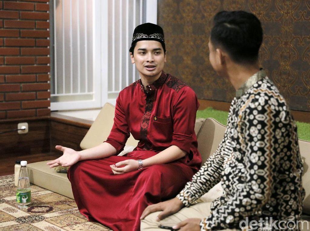 Kenangan Alvin Diminta Menikah Mendiang Arifin Ilham Usai Dagang
