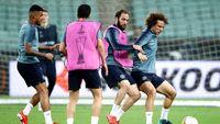 Ribut-Ribut David Luiz dan Higuain Berakhir dengan Kecupan Mesra