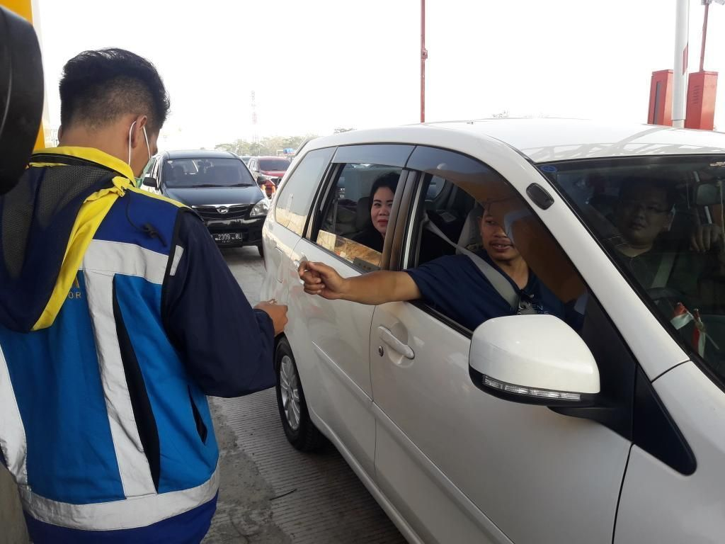 H-5 Lebaran, 184 Ribu Kendaraan Tinggalkan Jakarta Lewat GT Cikampek Utama