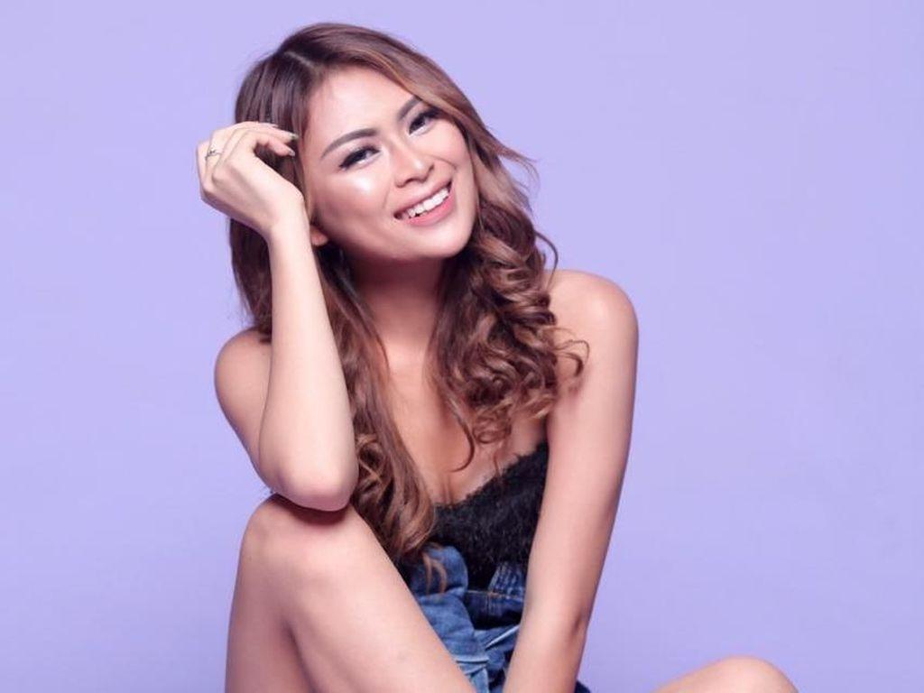 Digaet Aaron Evans, Echa Frauen Jadi WAGs PSM Makassar