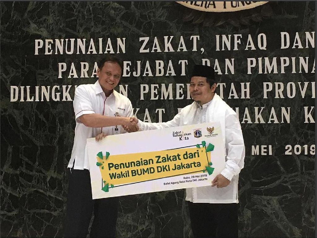 Tunaikan Zakat Wakil BUMD DKI Jakarta
