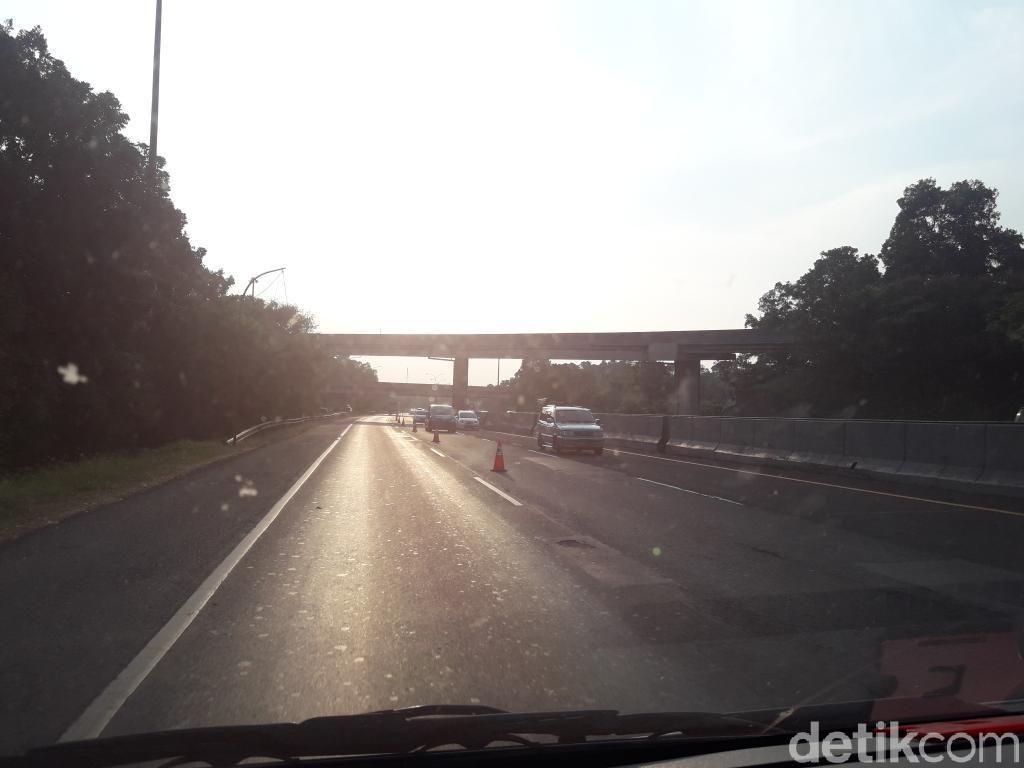 Gerbang Tol Cikopo Ditutup, Kendaraan Arah Jakarta Dialihkan ke Kalihurip