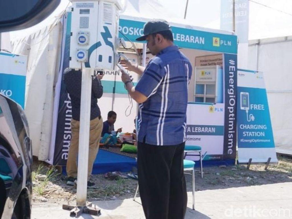 Masuk Jateng, Pemudik Bisa Ngaso Sambil Charge Ponsel