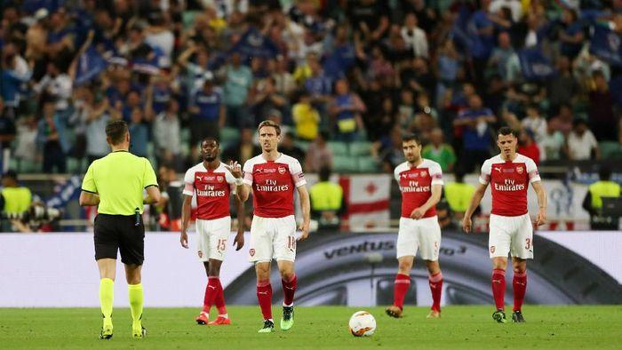 Arsenal dianggap belum siap bersaing meraih trofi lagi (Lee Smith/Action Images via Reuters)