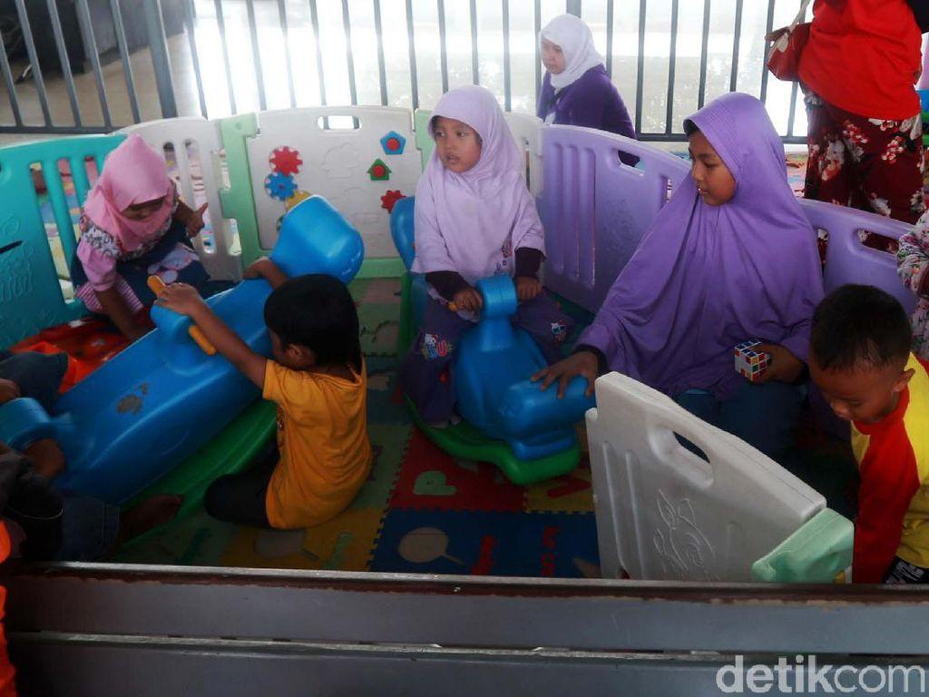 Asyik! Ada Fasilitas Bermain Anak di Stasiun Pasar Senen