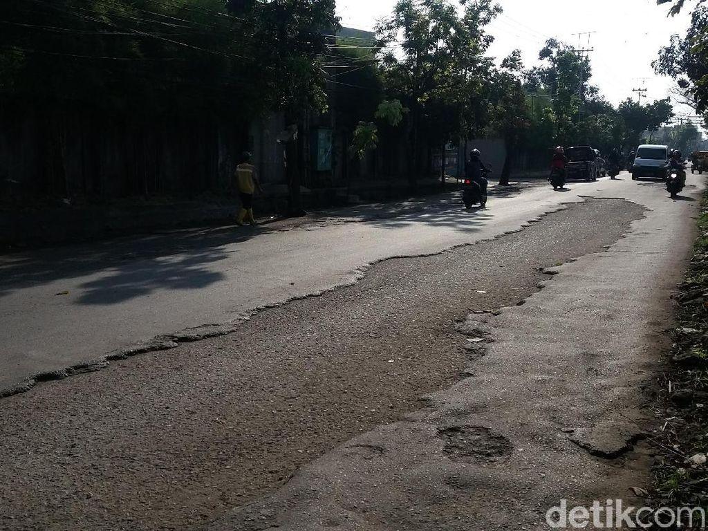 H-6 Lebaran, Jalur Alternatif Bandung-Cimahi Mulai Diperbaiki