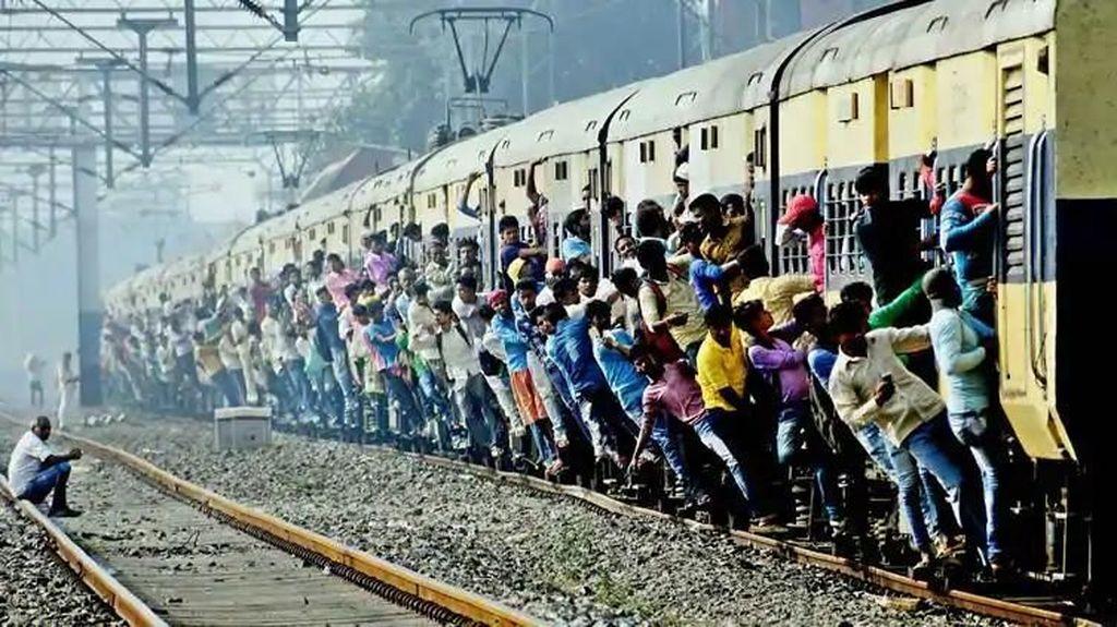 India Juga Punya Budaya Mudik, Kepadatan Kereta dan Busnya Gila-Gilaan!
