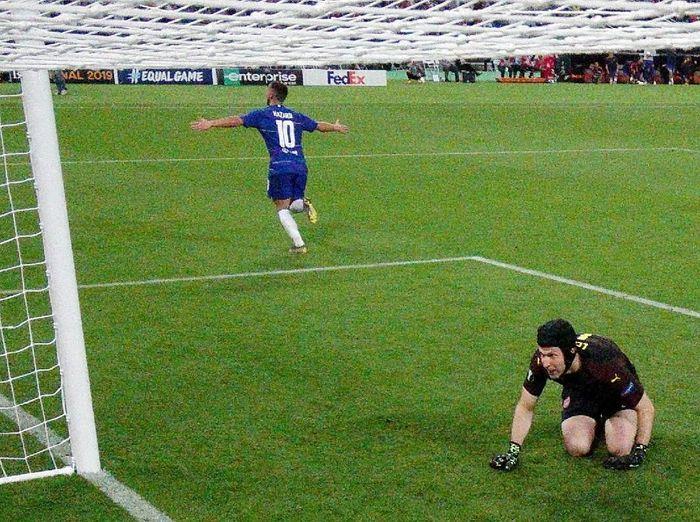 Eden Hazard jadi bintang kemenangan Chelsa atas Arsenal di final Liga Europa (Pool/Getty Images)