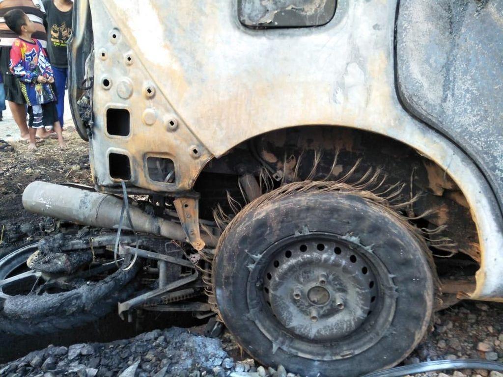 Ini Identitas 4 Pemudik Tewas Terbakar Akibat Kecelakaan di Subang