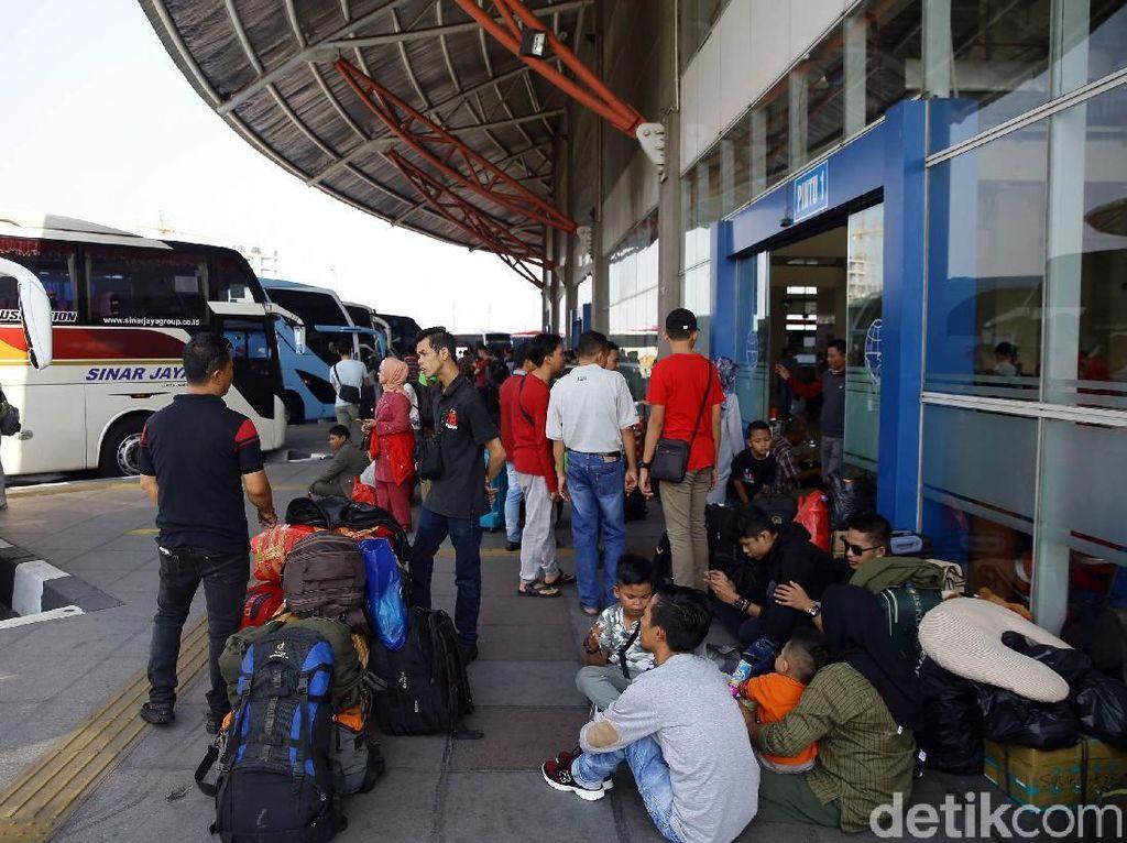Hingga H+5 Lebaran, 205 Orang Masuk Jakarta dari Terminal Pulogebang