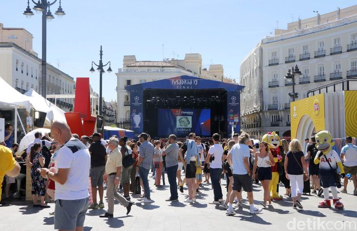 Kota Madrid, Spanyol, akan menjadi tuan rumah final Liga Champions antara Tottenham Hotspur vs Liverpool akhir pekan ini. Jelang duel, Madrid semakin meriah.