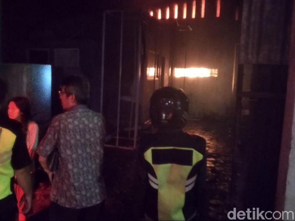 Gudang Mainan di Malang Terbakar