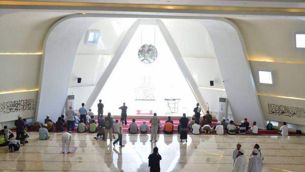 Ridwan Kamil Jelaskan Desain Masjid Al Safar, Tepis Simbol Iluminati