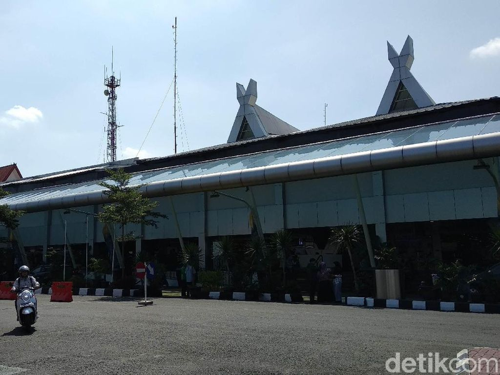 Pemkot Bandung Minta Rute Penerbangan Dipindah Lagi dari BIJB ke Husein