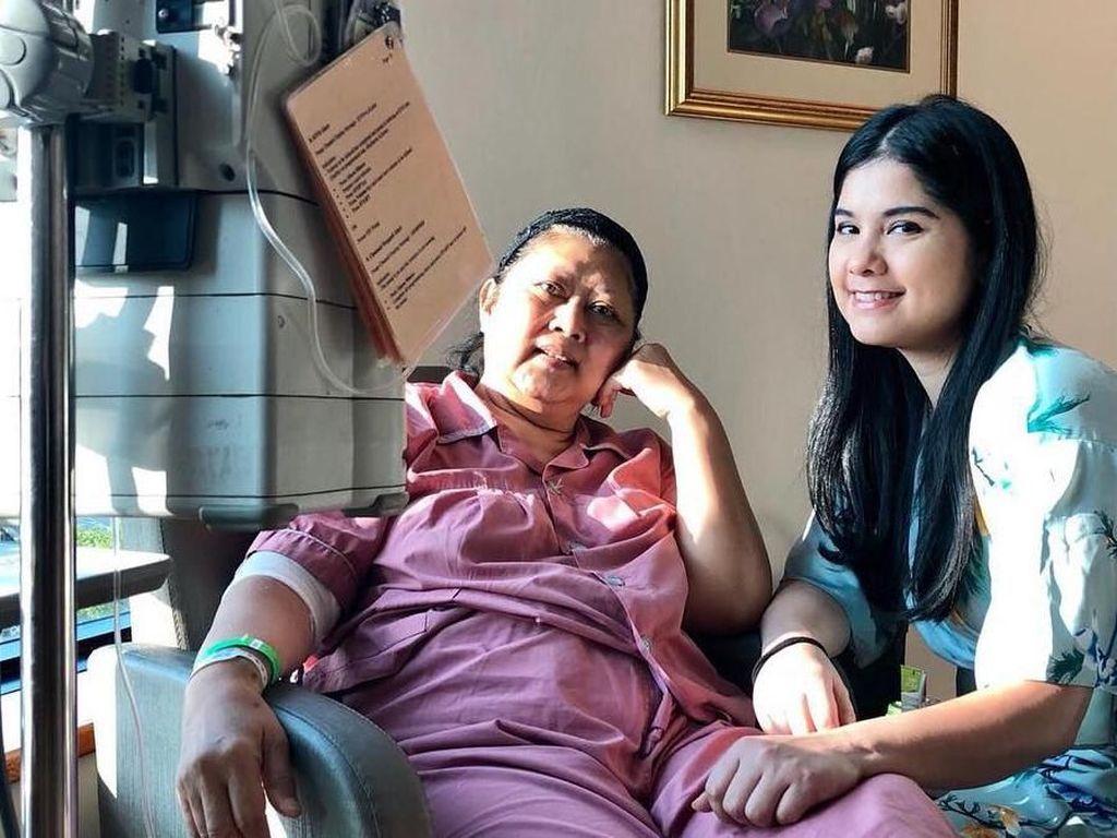 Kangen, Annisa Pohan Unggah Momen Ani Yudhoyono Ngungsi di RS
