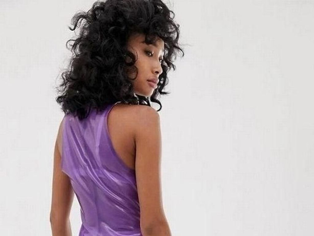 ASOS Jual Dress Latex Transparan Rp 4,5 Juta, Diejek Mirip Kondom