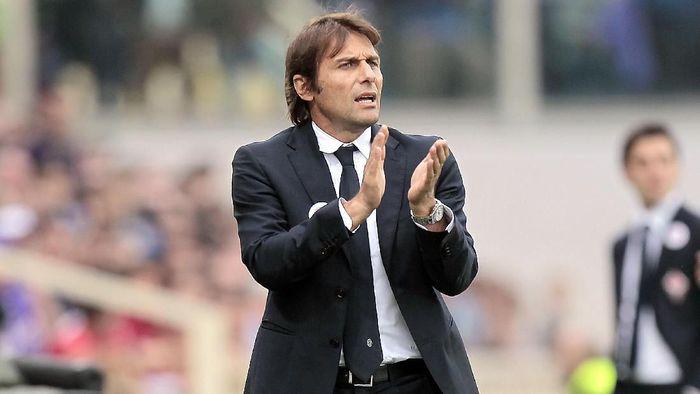 Penunjukkan Antonio Conte sebagai pelatih Inter Milan dapat sambutan negatif dari suporter Juventus (Foto: Gabriele Maltinti/Getty Images)