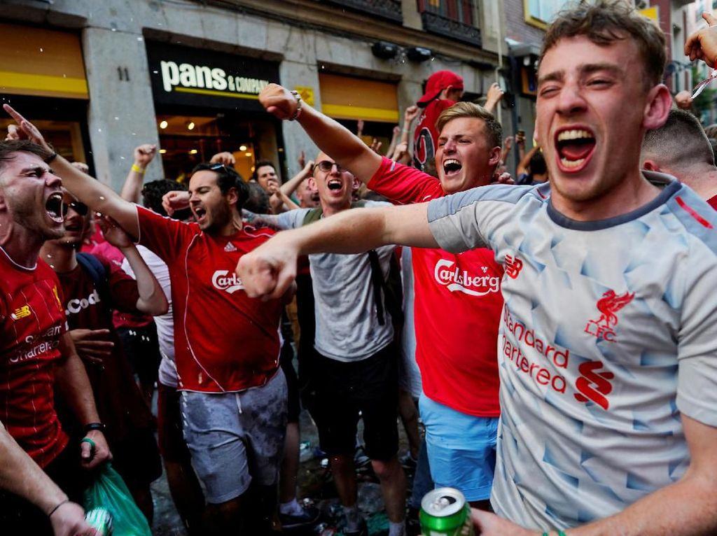 Fans Liverpool Hilang di Madrid, Eh Ternyata Ditangkap Polisi