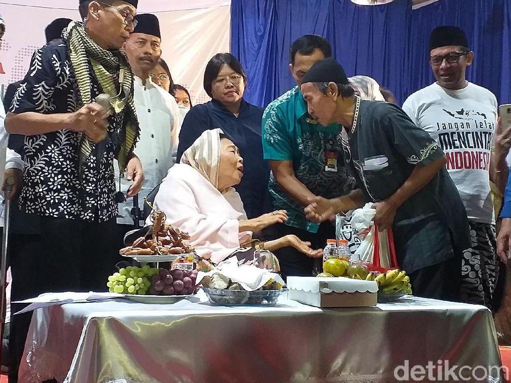 Sahur Keliling Dilakukan Sinta Nuriah Wahid Sejak Gus Dur jadi Presiden