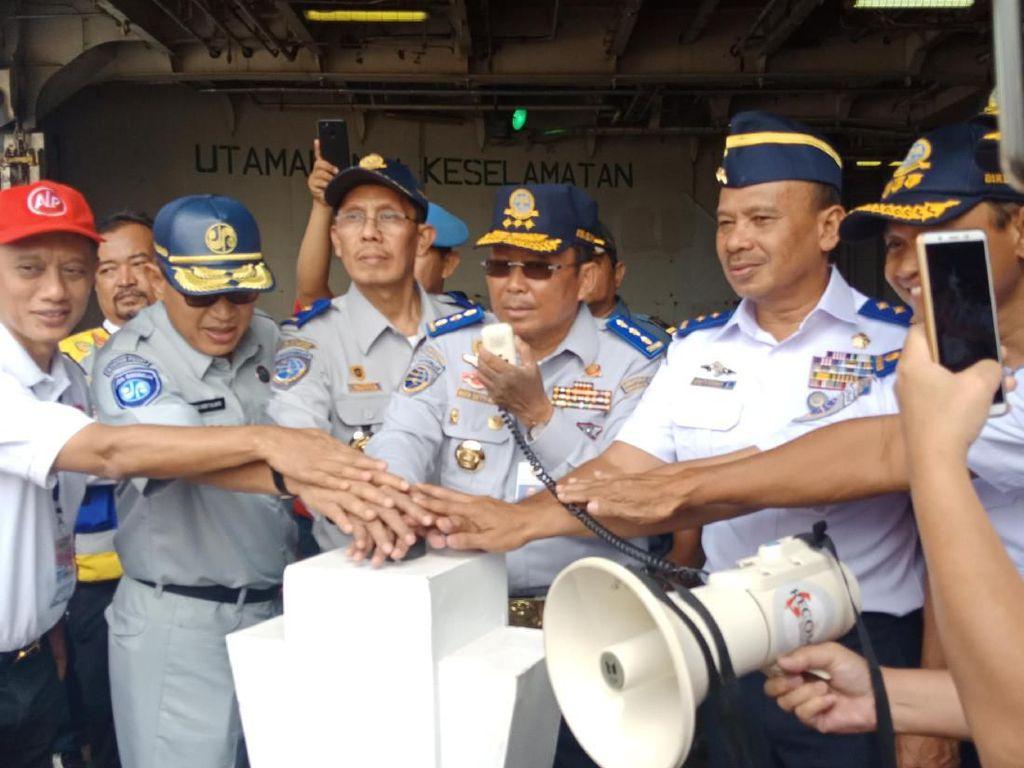 Kemenhub Lepas Ratusan Pemudik Motor Via Kapal ke Lampung dan Semarang
