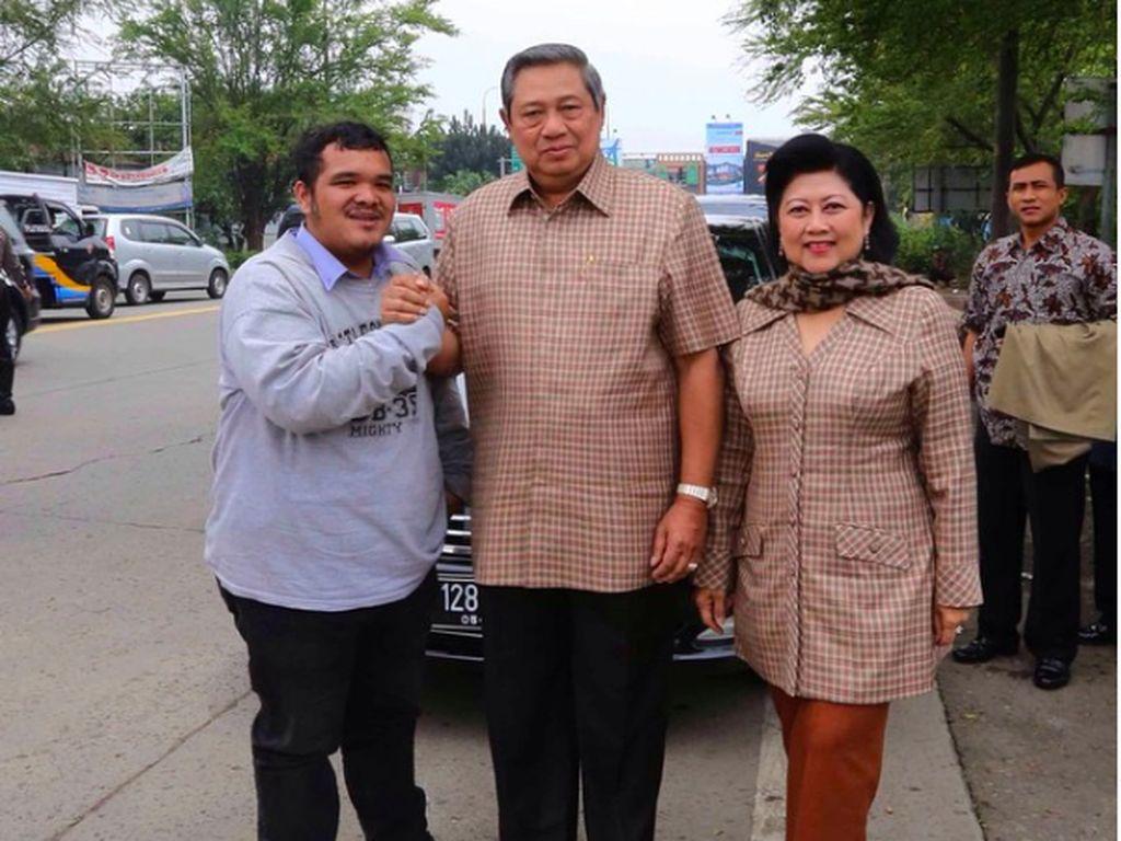 Kenang Ani Yudhoyono saat Mobilnya Dipepet Sepeda Motor