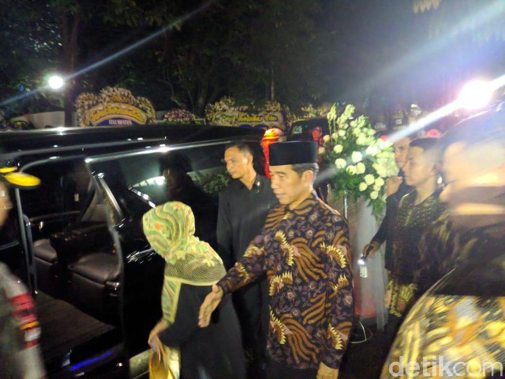 Usai Melayat Ani Yudhoyono, Jokowi dan Habibie Tinggalkan Cikeas